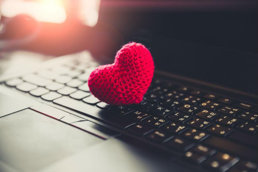 El evento en que podrás encontrar el amor a través de un computador