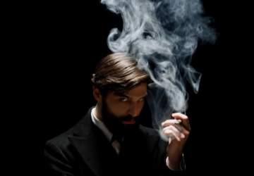 Freud: el padre del psicoanálisis llega a Netflix a resolver un misterioso crimen