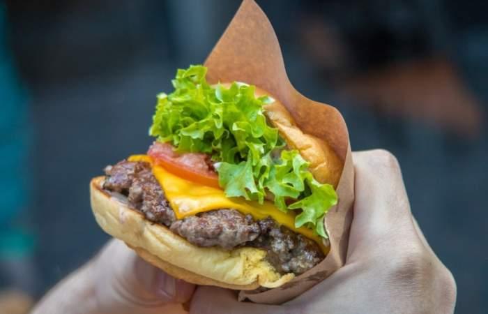 "Felipe ""Pipe"" Sánchez comparte su receta de hamburguesa perfecta"