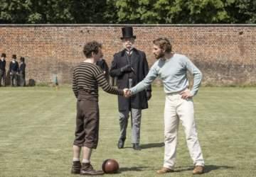 Un juego de caballeros: la miniserie de Netflix que cuenta los orígenes del fútbol