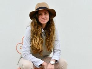 Mar, moda y Netflix: Los panoramas de Karyn Coo