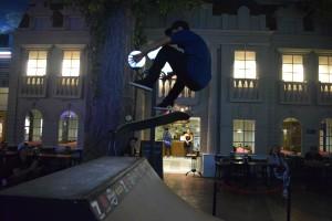 Skate, surf y slackline en Kidzania