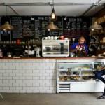 Desayunar en el nuevo café de Isidora Goyenechea