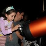 Astrónomos aficionados: prepararse para el eclipse de febrero