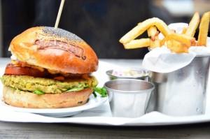 Tres hamburguesas vegetarianas para suspirar