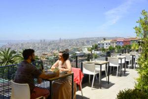 El increíble restaurante que esconde el hotel Verso de Valparaíso
