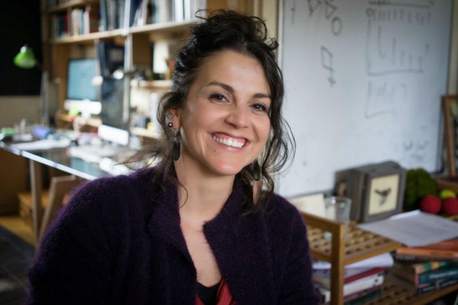 Ciclo Abierta en Tironi: Isabel Benhcke