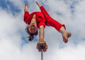 El ballet y el circo son cosas de niños en el Teatro del Lago