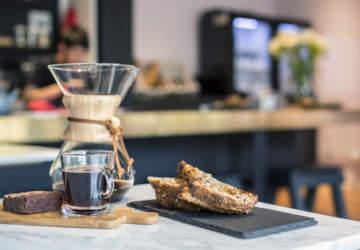 Las cafeterías y teterías que llegaron a darle sabor y onda a la Plaza Sucre