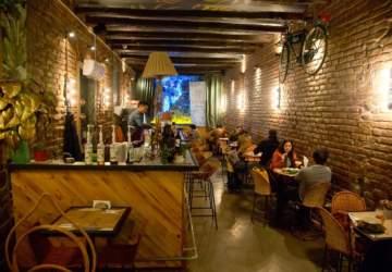 Siam Thai bar: una barra escondida y thai en barrio Italia