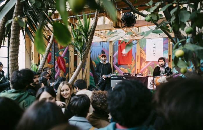YAY!: Feria de ilustración, música en vivo y buena comida en el Bar Bravo 951