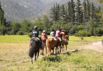 Kawin Ecokids: la escuela de verano con trekking, pesca y cabalgatas para niños