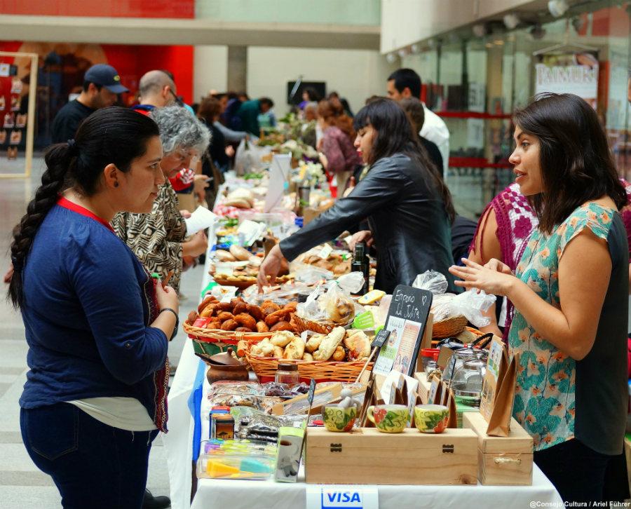 Feria del Gusto: La ocasión perfecta para probar charqui de llamo y frutillas blancas