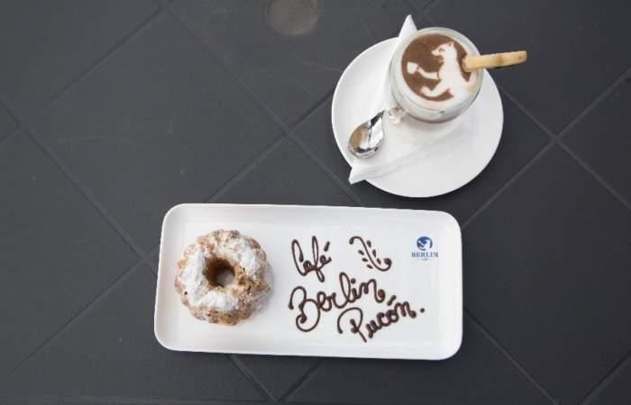 Café Berlín, pasteles y pizzas a la alemana en el centro de Pucón