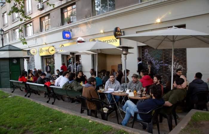 Beer Garden El Mesón: el mejor bar cervecero del centro de Santiago