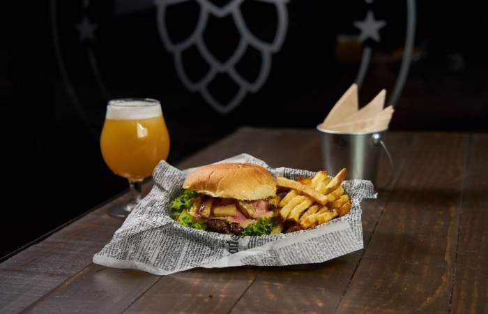 Hops: El único bar cervecero con happy hour de Viña del Mar