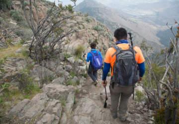 ¡Lo mejor! Mirar el atardecer desde la punta del cerro Manquehuito