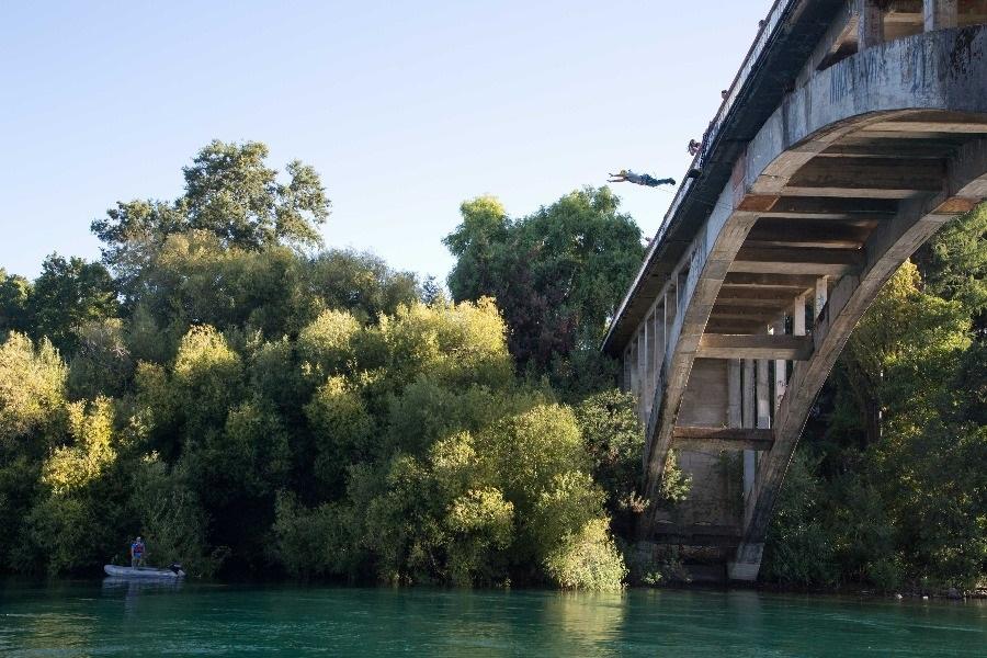 Puenting en el Puente Rodrigo de Bastidas