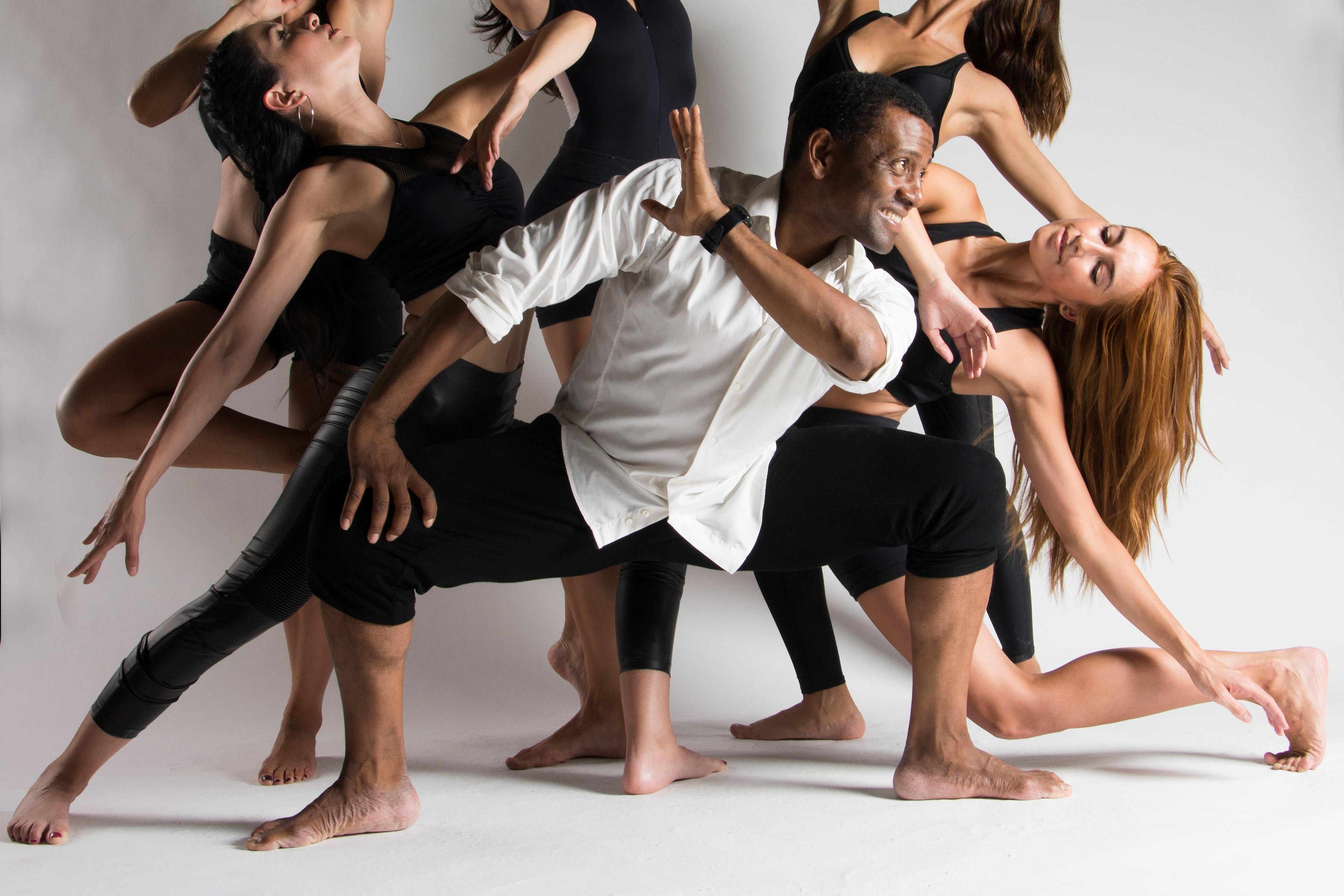 Academia de Baile Ángel Torrez