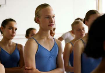 Girl pelicula bailarina transgenero Netflix