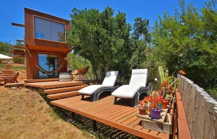 """La espectacular """"tiny house"""" de Airbnb para desconectarse a 45 minutos de Santiago"""