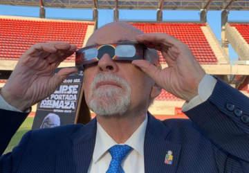 José Maza busca llenar el estadio de La Serena durante el eclipse de julio