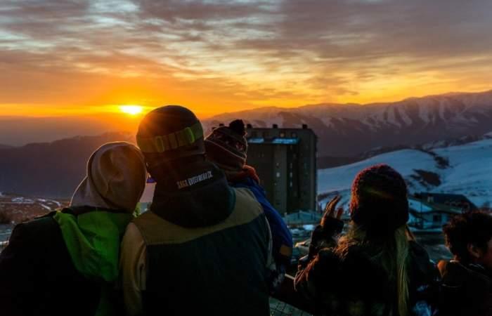 Sin edificios que lo tapen: Desde aquí podrás ver el eclipse solar en Santiago