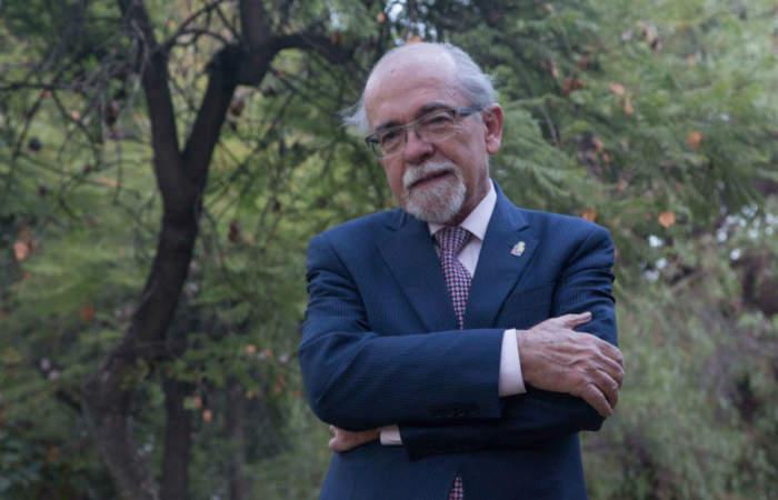 José Maza estará en una estelar maratón de charlas de astronomía para niñas y niños