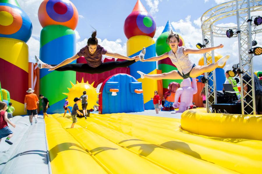 Jump City Park, una ciudad inflable para saltar una y otra vez en vacaciones de invierno