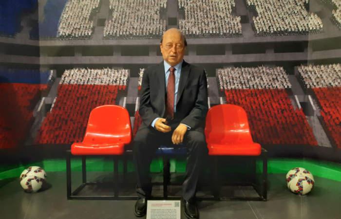 Una galería de héroes, artistas, presidentes y deportistas: Así es el Museo de Cera de Las Condes
