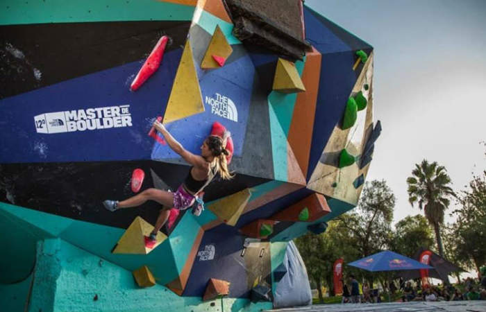 Desafía el vértigo en alguno de estos adrenalínicos centros de escalada de Santiago