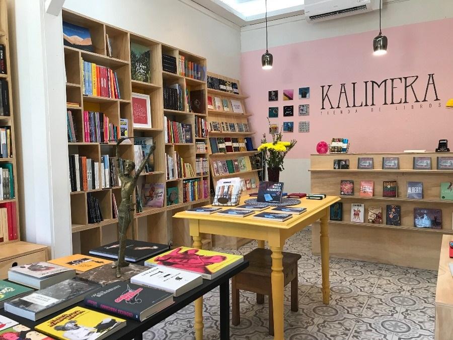 Kalimera, Tienda de Libros