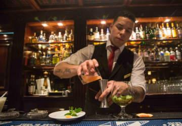 De barra en barra: los mejores bares para ir solo