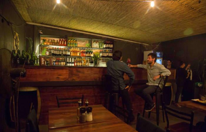 Rincón Magdalena, el bar con terraza escondida a pasos del Metro Los Leones
