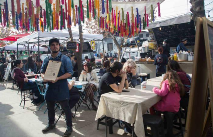 Gratis: El encuentro callejero con juegos, tours y comida en pleno Persa Biobío