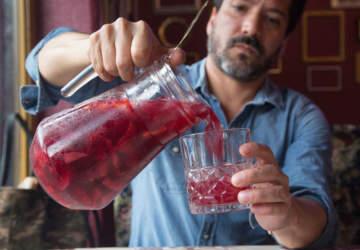 13 bares abiertos en Santiago para brindar esta primavera