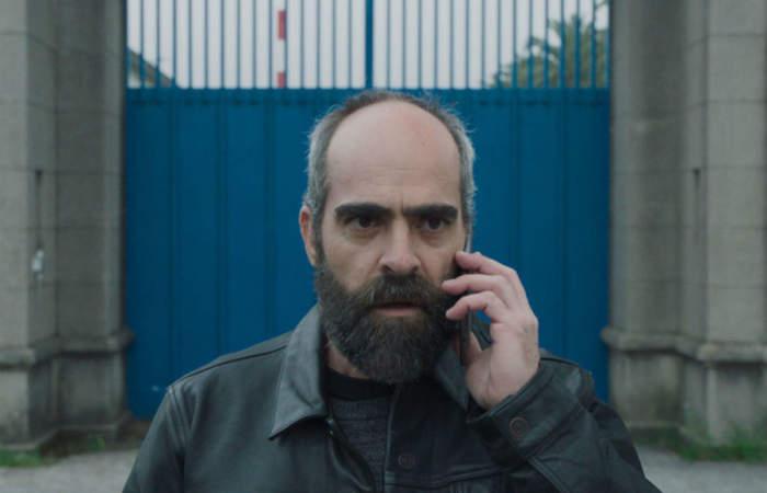 Quien a hierro mata: un thriller español de justicia con las propias manos