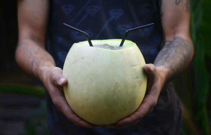 Los lugares ideales para refrescarse con melón con vino este verano