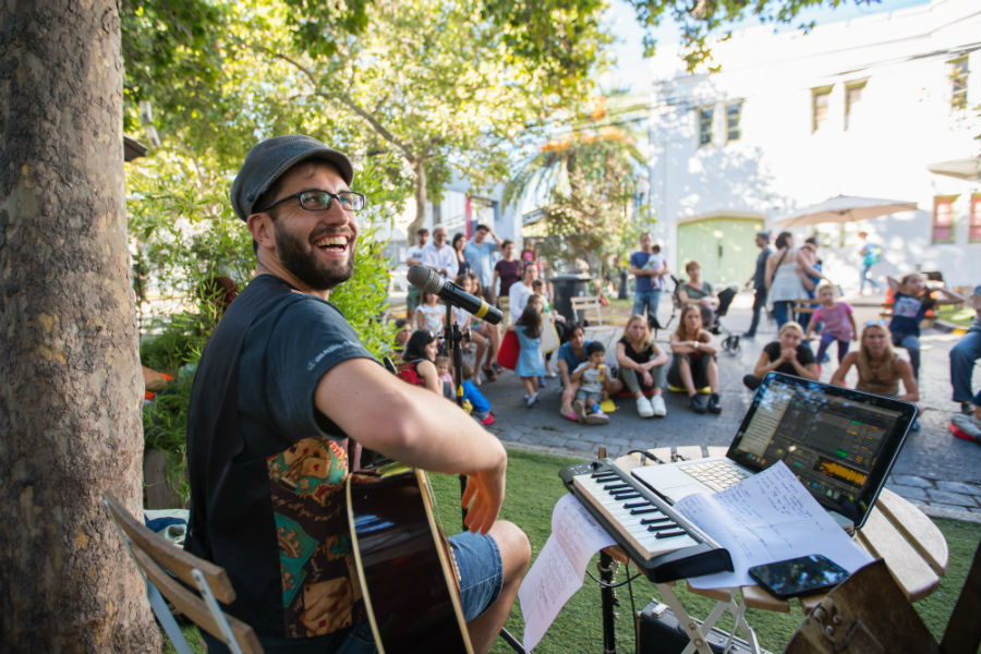 El entretenido circuito en barrio Italia con ferias, arte urbano, Djs y conciertos gratis