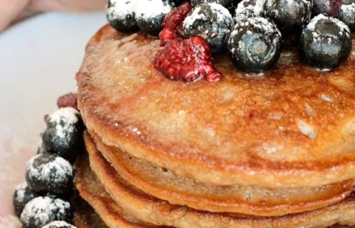 Para endulzar tus desayunos: receta de pancakes veganos de Adhana