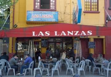 Las Lanzas: el delivery de una de las fuentes de soda más emblemáticas de Santiago