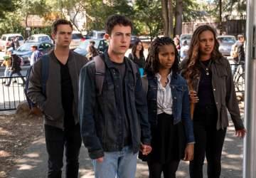 13 reasons why: la controvertida serie se despide en medio del suspenso y el drama
