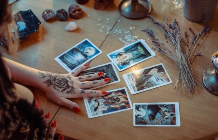 Conéctate con tu interior en la Expo Conexión Espiritual que tendrá lectura de tarot y carta astral en línea