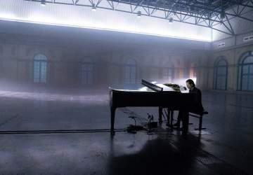 El imperdible concierto de Nick Cave solo al piano y en streaming para todo el mundo