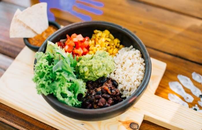 8 delivery de comida vegana que son pura delicia en base a plantas