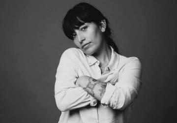 El ciclo Violeta en Casa tendrá a Ana Tijoux tocando en vivo vía streaming