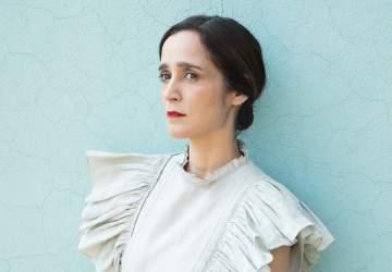 Así será el primer concierto íntimo por streaming de Julieta Venegas