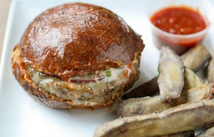 MuuMami: el nuevo delivery de hamburguesas 100% nativas de Rodolfo Guzmán, el chef de Boragó