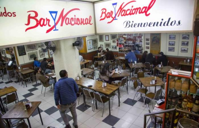 El regreso del Bar Nacional, la histórica fuente de soda del centro de Santiago