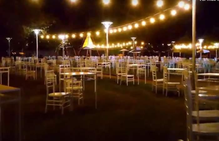 Abre Santiago: las terrazas que le ponen sabor, música en vivo y humor al Movistar Arena